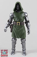 Marvel Legends Doctor Doom 11