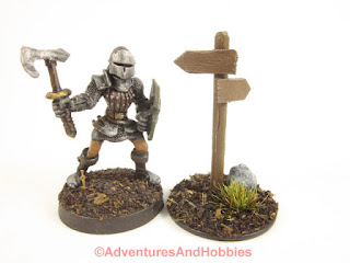 Style T1577 signpost for miniature table top war games.