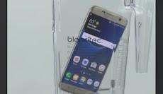 Pria Ini Coba Blender Smartphone Samsung Galaxy S7, Hasilnya?