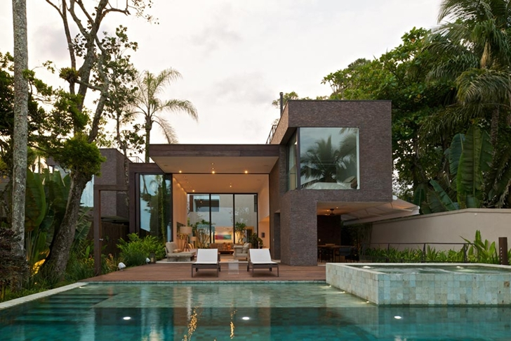 Modern beach house in Brazil