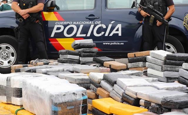 Két tonna kokaint foglalt le a rendőrség Spanyolországban