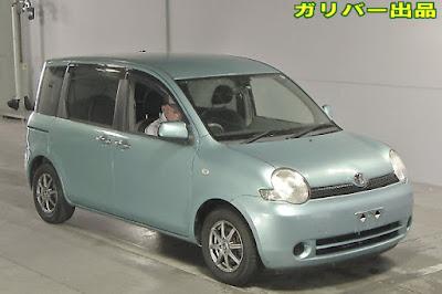 19572TAN8 2005 Toyota Sienta X Limited