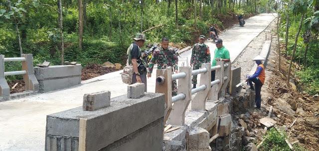 KodimKaranganyar -  Naik Trail, Dandim Karanganyar Cek TMMD Sengkuyung I di Tawangsari