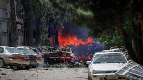 Török offenzíva: autóba rejtett pokolgép robbant Északkelet-Szíriában, gyerekek is meghaltak