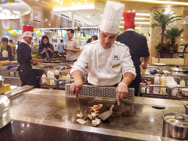 Six Doors 3D BBQ Buffet Teppanyaki Chefs