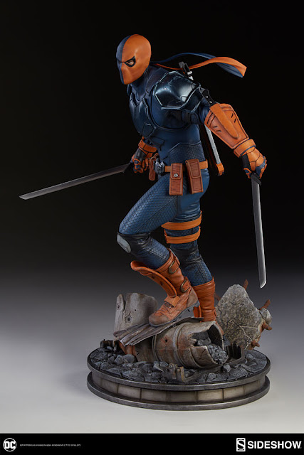 osw.zone Pre-Order DC Comics Deathstroke Premium Format ™ Figure by Sideshow Collectibles