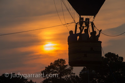 Sunset tethered balloon ride