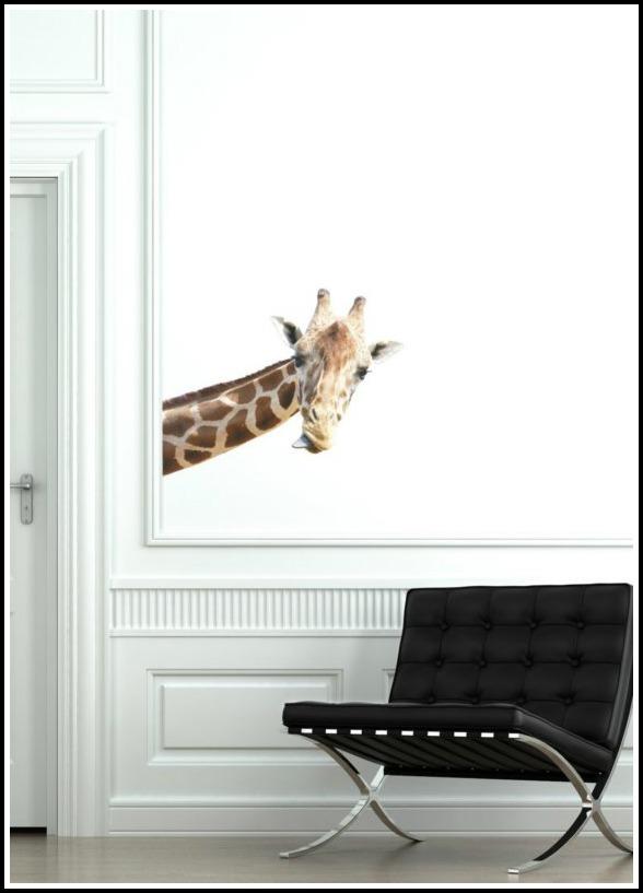 Make Them Wonder: Giraffe Decor