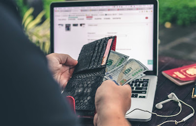 Many ways to earn money online at home.