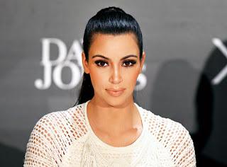 Kim Kardashian West (@KimKardashian)