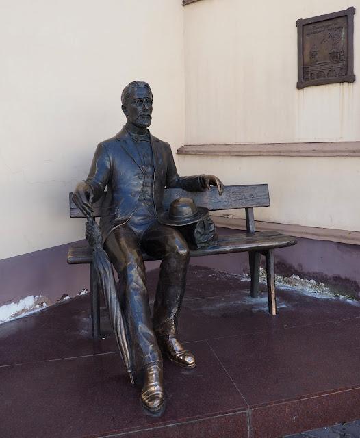 Улан-Удэ, памятник Чехову