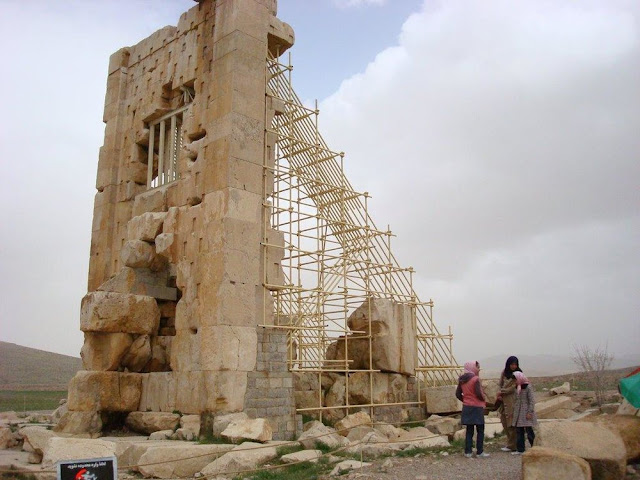 Excavations start at Pasargadae archaeological site in Iran