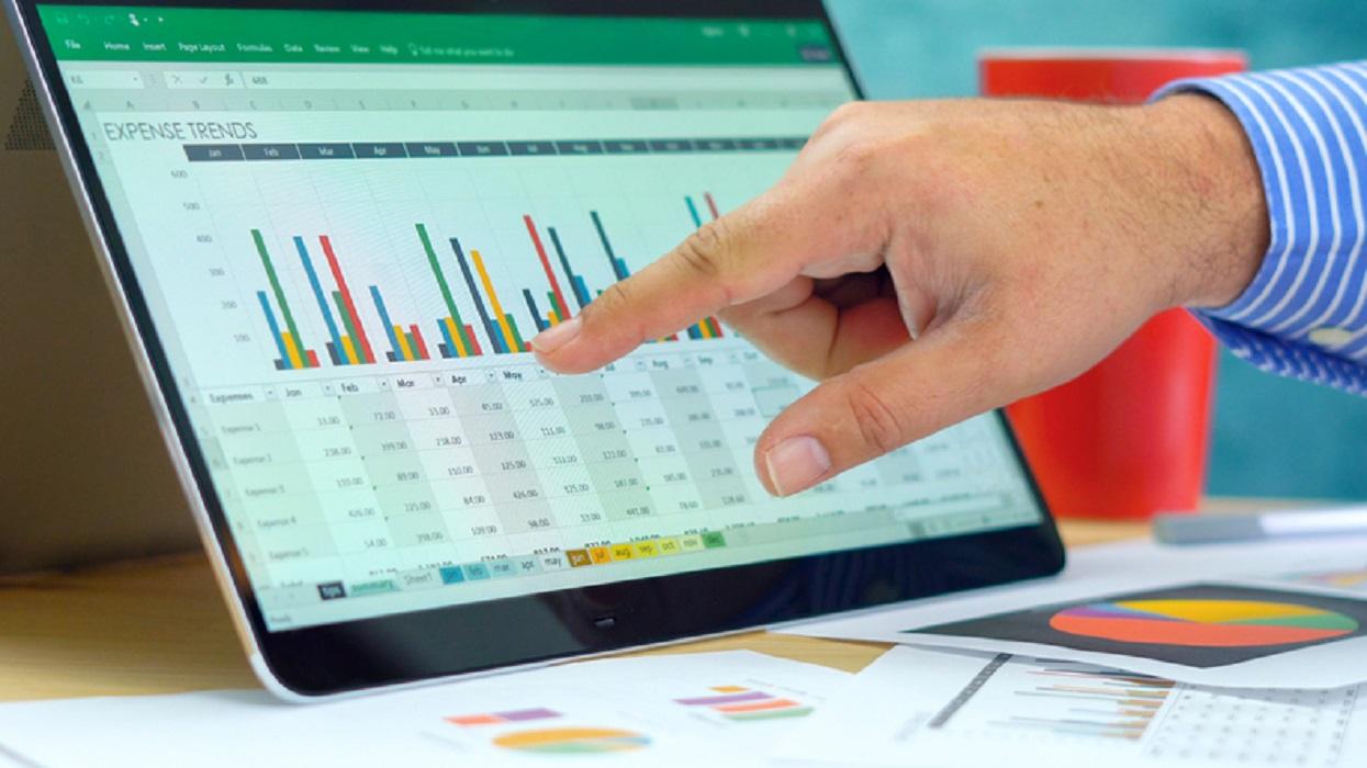 إدخال البيانات المتغيرة في Microsoft Excel