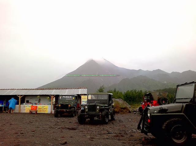 Gunung Merapi yang gagah ...