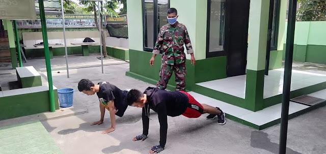 Babinsa Koramil 22 Wonosari Latih Calon Prajurit TNI