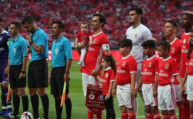 Blogue Benfica despedida de Jonas Pistolas