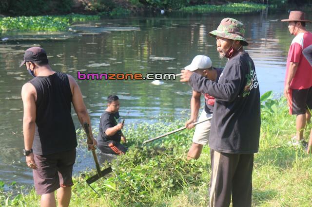 Bersih Sungai Kaligelis Menuju Ploso Desa Wisata