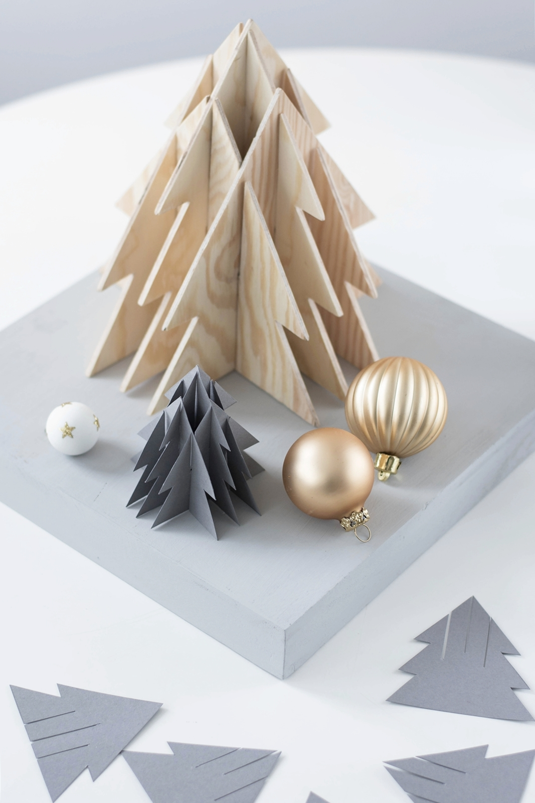 kreativ adventskalender t rchen 9 3 d weihnachtsbaum aus papier holz inkl vorlage. Black Bedroom Furniture Sets. Home Design Ideas