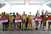 Gubernur Olly Salurkan 60 Ton Beras ke Masyarakat Terdampak Pandemi Covid-19