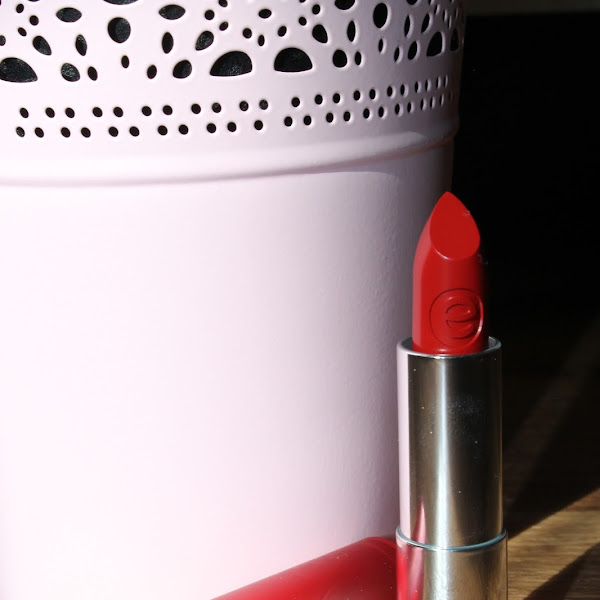 [Review] essence - matt matt matt Lipstick