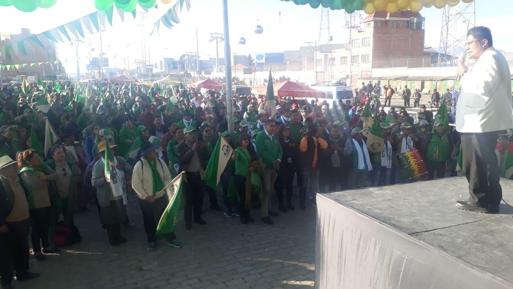 Patzi ante su militancia en la caravana del fin de semana en La Paz y El Alto / PRENSA MTS