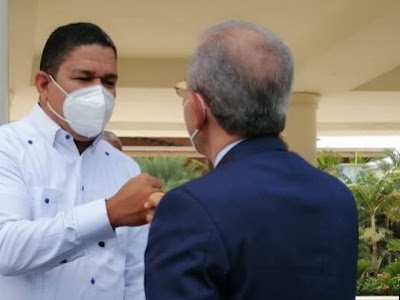 """Diputado Moisés Ayala: """"Trajo sus frutos visita del ministro del Mescyt"""""""