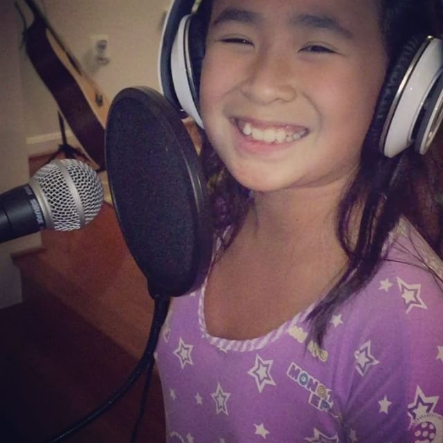 Mana sa Ina! Carol Banawa's Daughter Showcases Her Amazing Voice