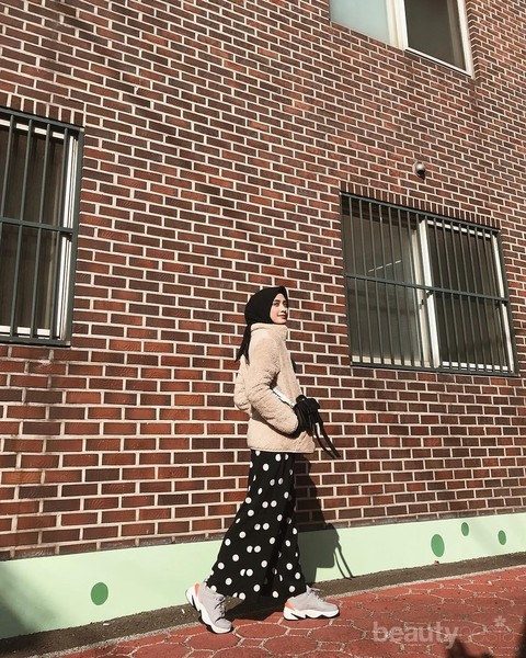 Create a Chic Impression with Patterned Pants