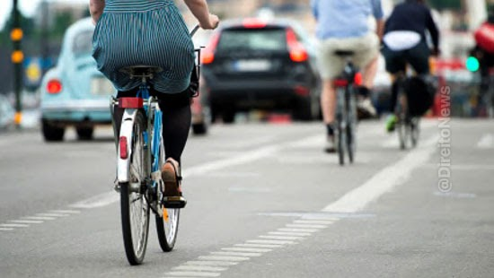 proposta altera legislacao transito preferencia bicicletas