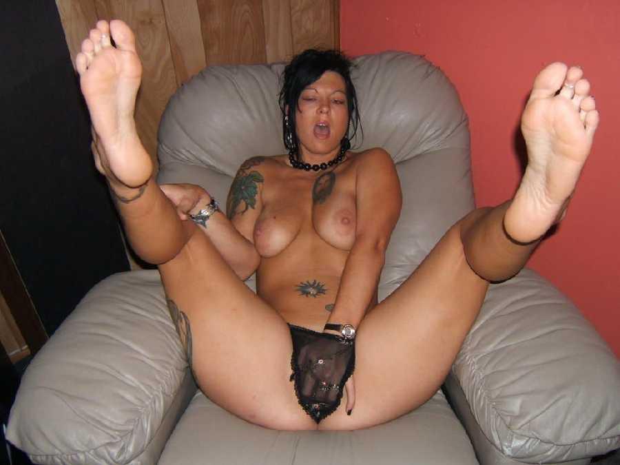 image Redhead slut licks fingers milf pussy in nylon stockings