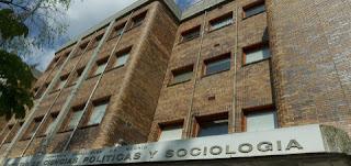 http://www.elmundo.es/especiales/educacion/empleo-universidad.html