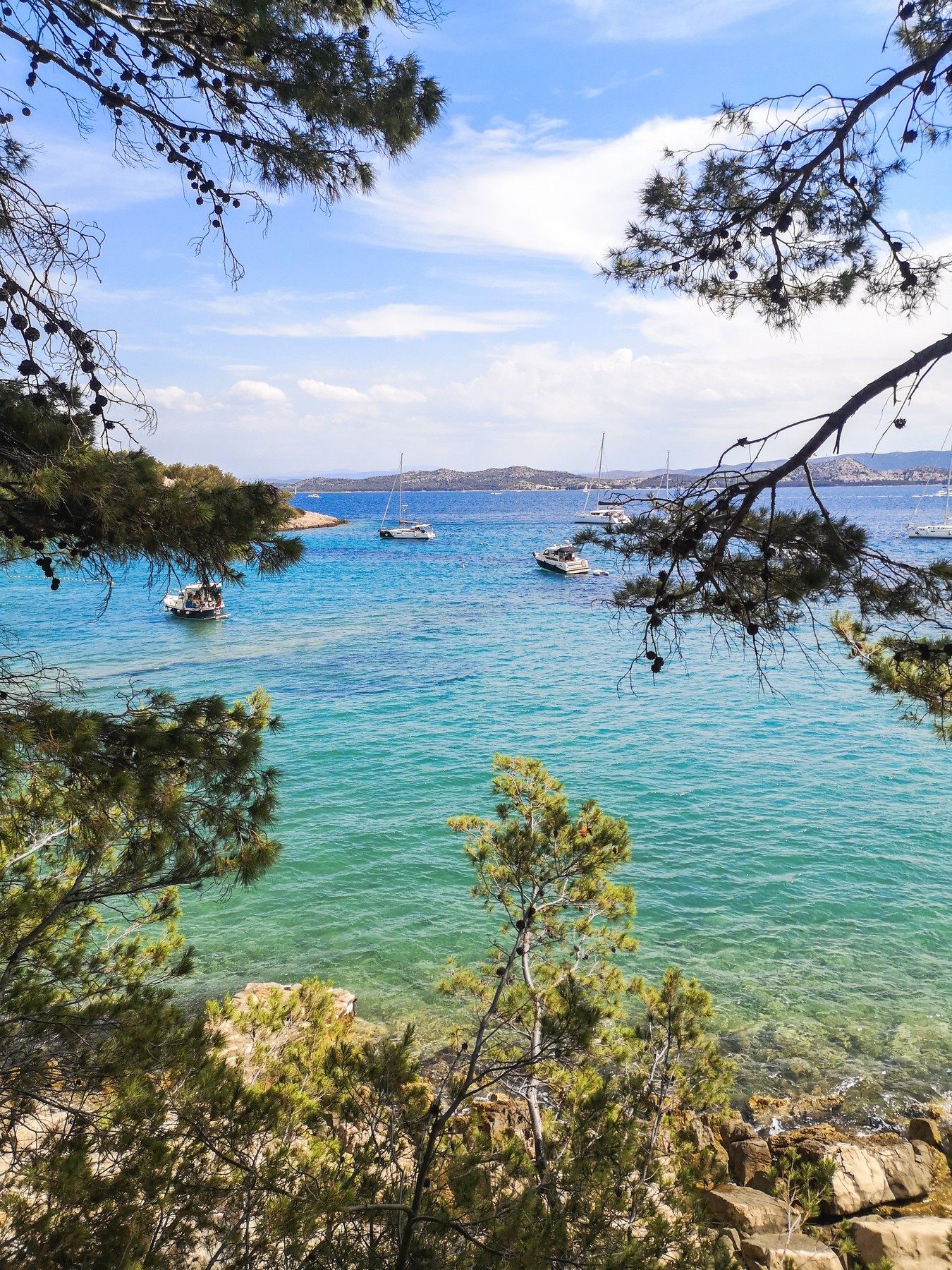 Potovalni vodič po Pakoštanih (Travel Guide) - otok Vrgada