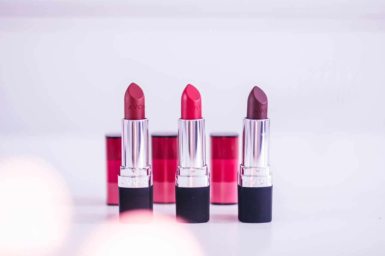 Avon True Color Red - Rose Red, Ruby Kiss, Wild Cherry