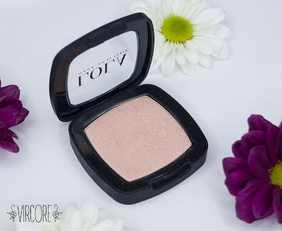 lola makeup iluminador