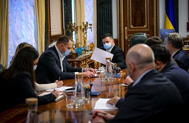 Президент дав завдання уряду якнайшвидше провести детальну комунікацію з громадськістю щодо карантинних обмежень