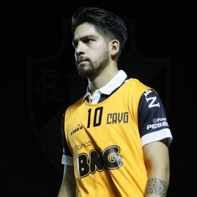 Empresário comenta possível saída de Martín Benítez para o Vélez Sarsfield