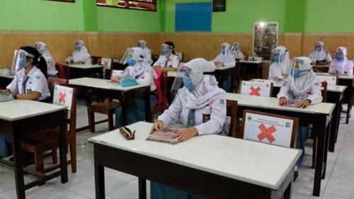 Dari Vaksinasi Sampai Protokol Kesehatan, Begini Persiapan Pembelajaran Tatap Muka di Daerah PPKM Level 1-3