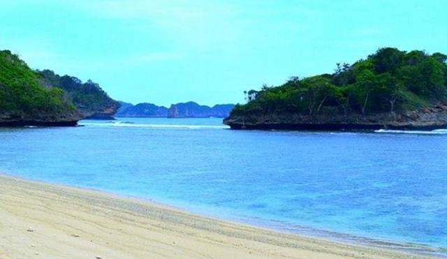 Gambar Pantai Bangsong