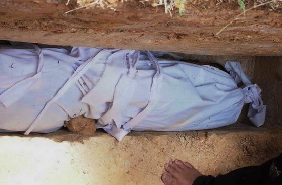 Kisah Nyata Beranak Dalam Kubur di Zaman Umar Bin Khattab