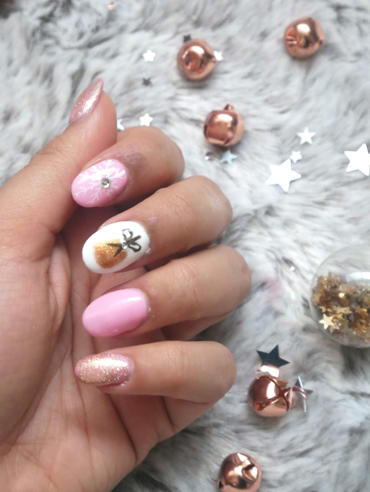 bauble nails