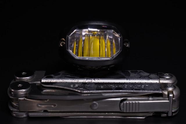 Reflektor w lampce Lumintop C01