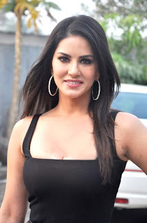 Sunny Leone hd black dress wallpaper