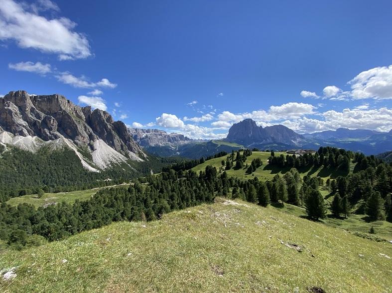 Il panorama sulle dolomiti da Col Raiser