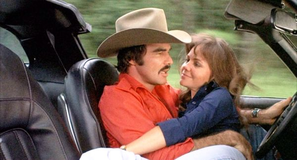 Burt Reynolds and Sally Field in Smokey and the Bandit