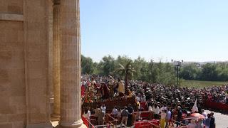 El triunfo de la carrera oficial en la Mezquita
