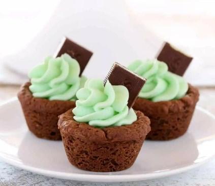 MINT CHOCOLATE COOKIE CUPS #desserts #cupcake