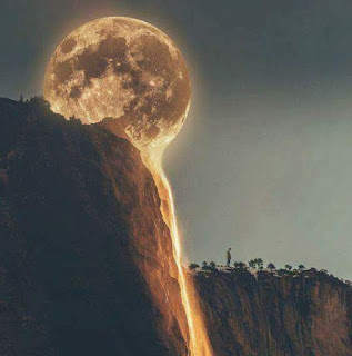 melting-moon-dp