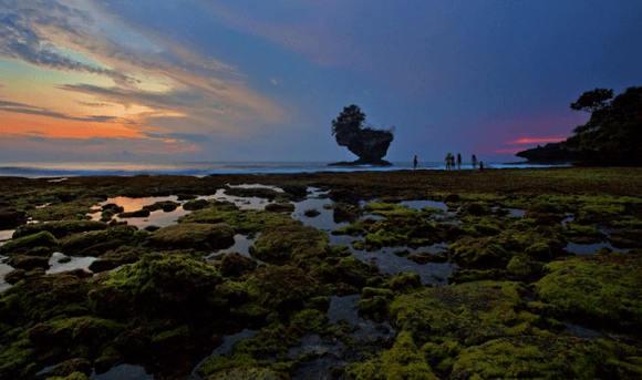 Pantai Madasari di Saat Fajar (Foto by Firman Maulana/Fotokita.net)
