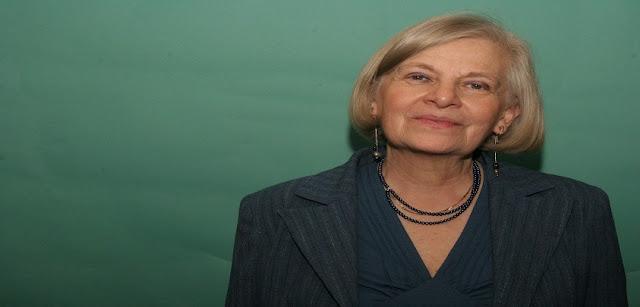 """Delia Lerner: """"É preciso dar sentido à leitura"""""""