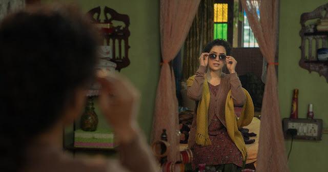 Sanya-Malhotra-is-a-merry-widow-in-feelgood